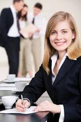 Хотите переквалифицироваться и найти новую работу? Тогда Вам — к нам! Звоните.