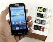 Мобильные сенсорные телефоны.