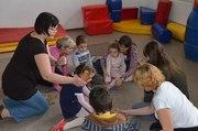 Групповые занятия «А у мамы выходной» для деток с особенностями развит