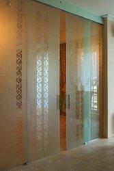 Стеклянные двери перегородки из стекла