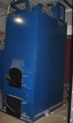 Универсальный отопительный котел на дровах,  древ.отходах,  брикетах и д