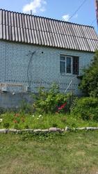 Продам 2хэтажный дом,  п. Циркуны,  1995 г. постройки,  белый кирпич