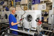 Разнорабочий на завод Электролюкс в Польшу. Работа за границей.