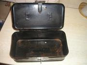 Продам стальной инструментальный ящик под навесной замок