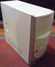 Продам  бюджетный системник Intel с монитором